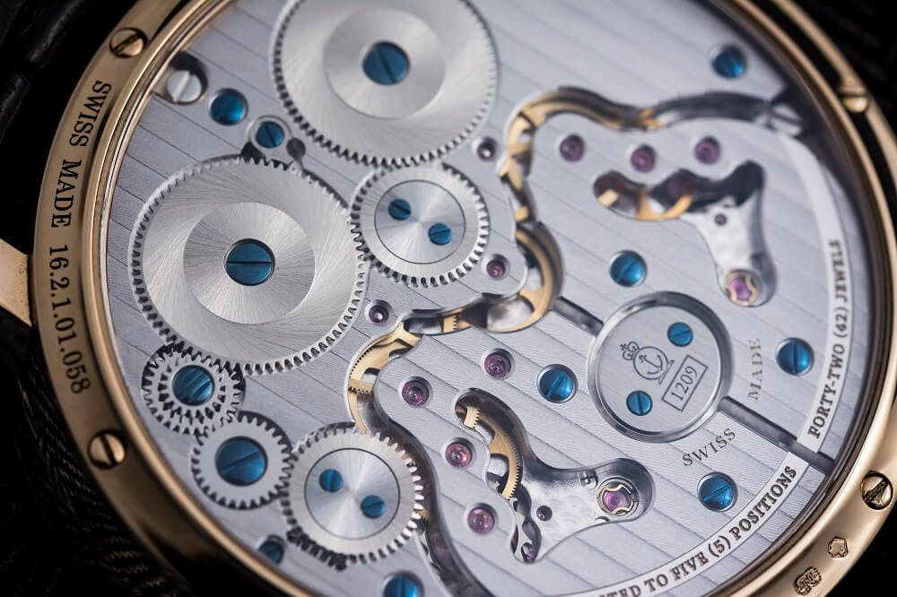 handwound watch movement
