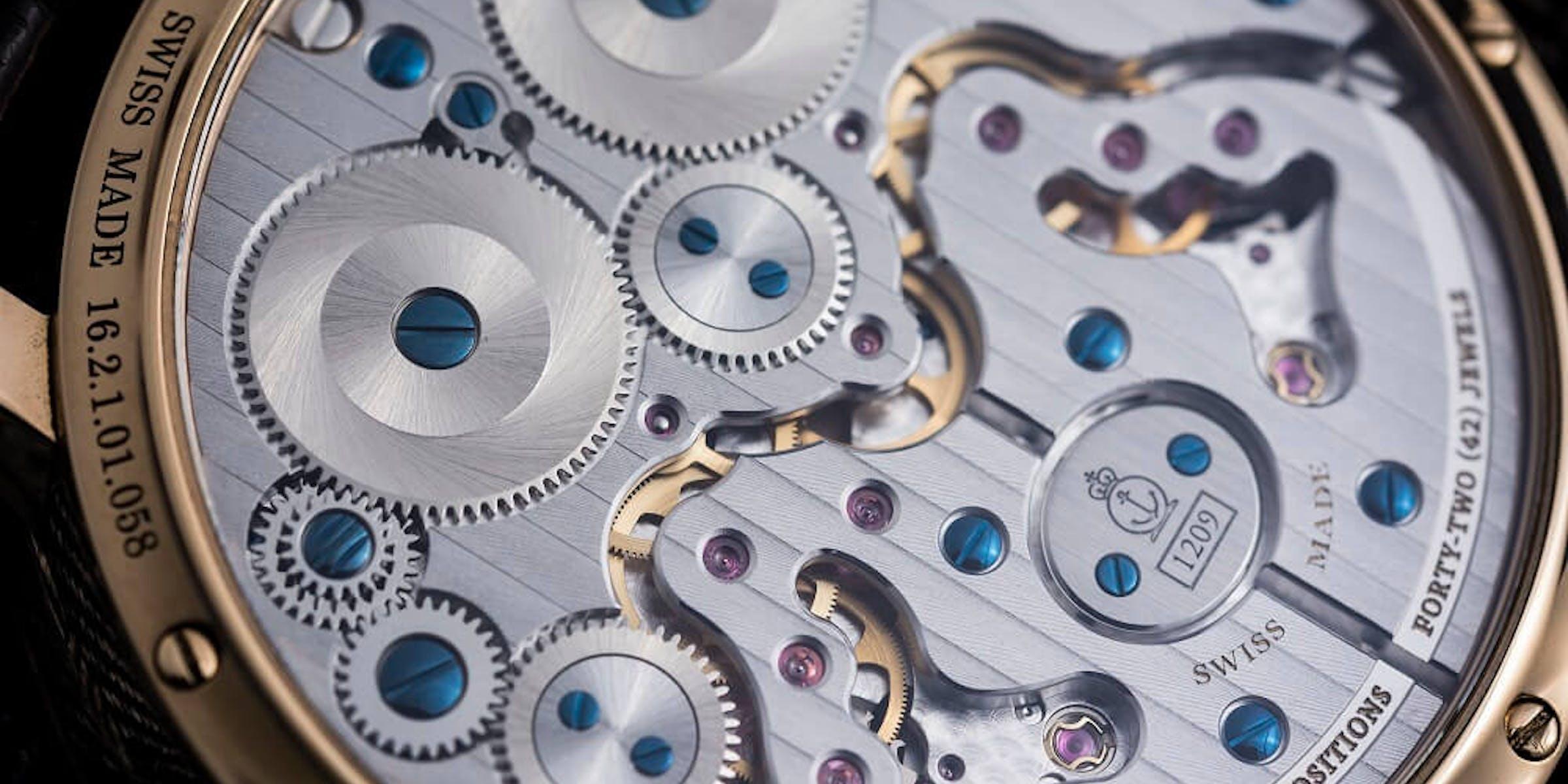 handwound watch movement