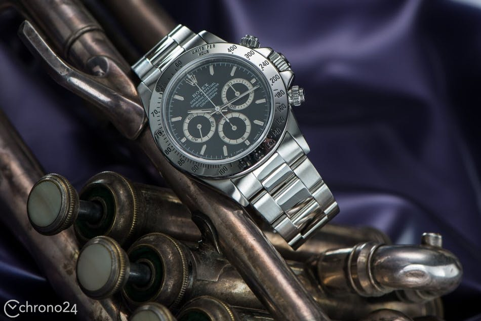 b438e44bdd1 Famous Watches with Outsourced Movements