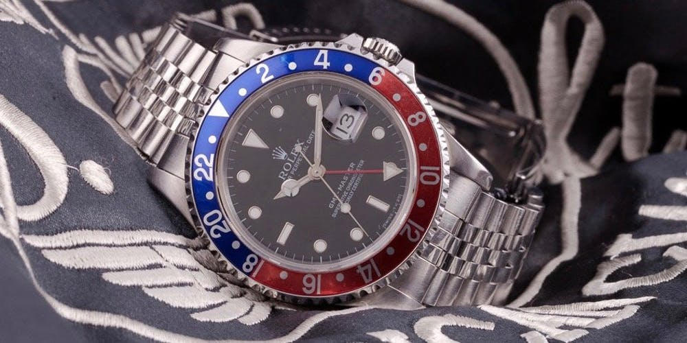 What is a GMT function and how does it work?