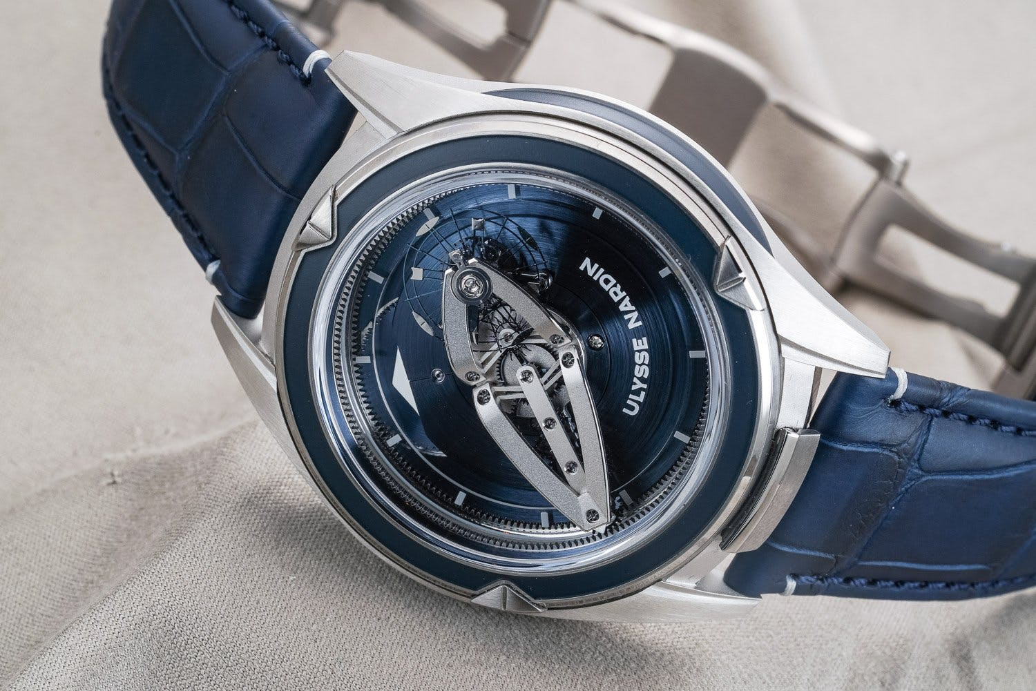 Ulysse Nardin Freak (2001)