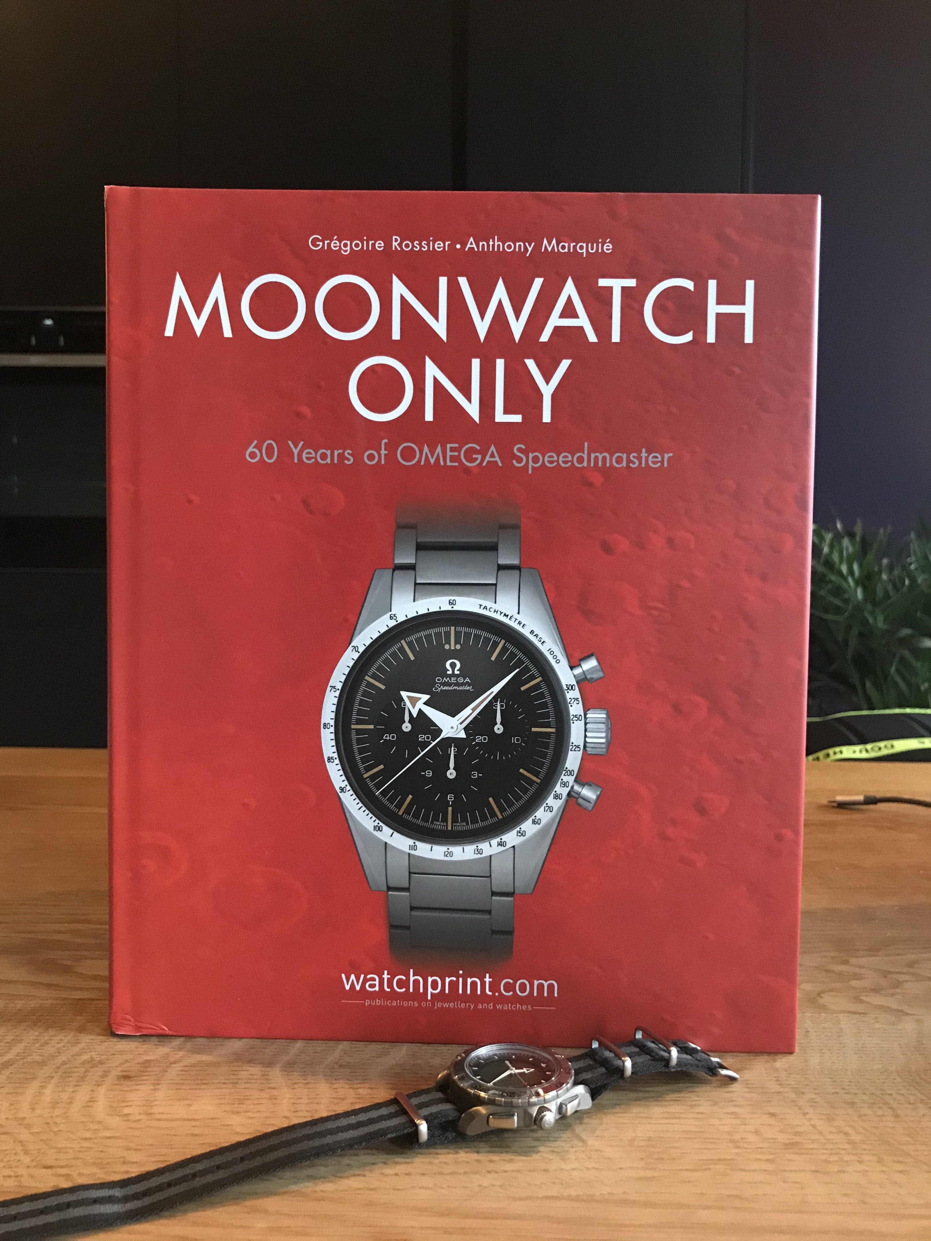 Moonwatch Only – The Ultimate OMEGA Speedmaster Guide